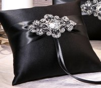 Elizabeth Ring Pillow