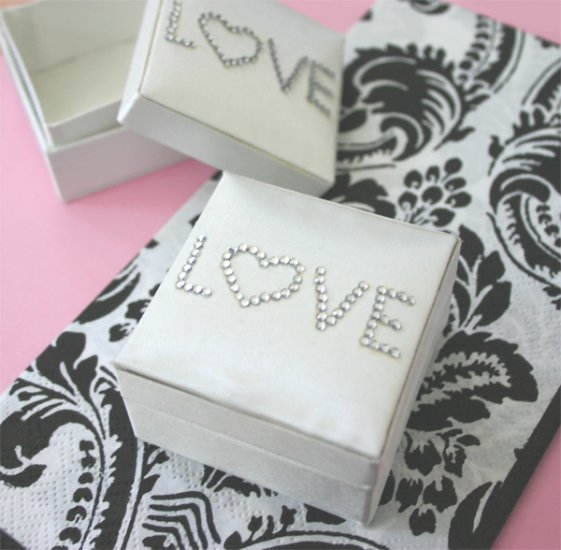 Satin LOVE Boxes (set of 6) 1026